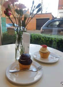 A photo of the two cupcakes we had.